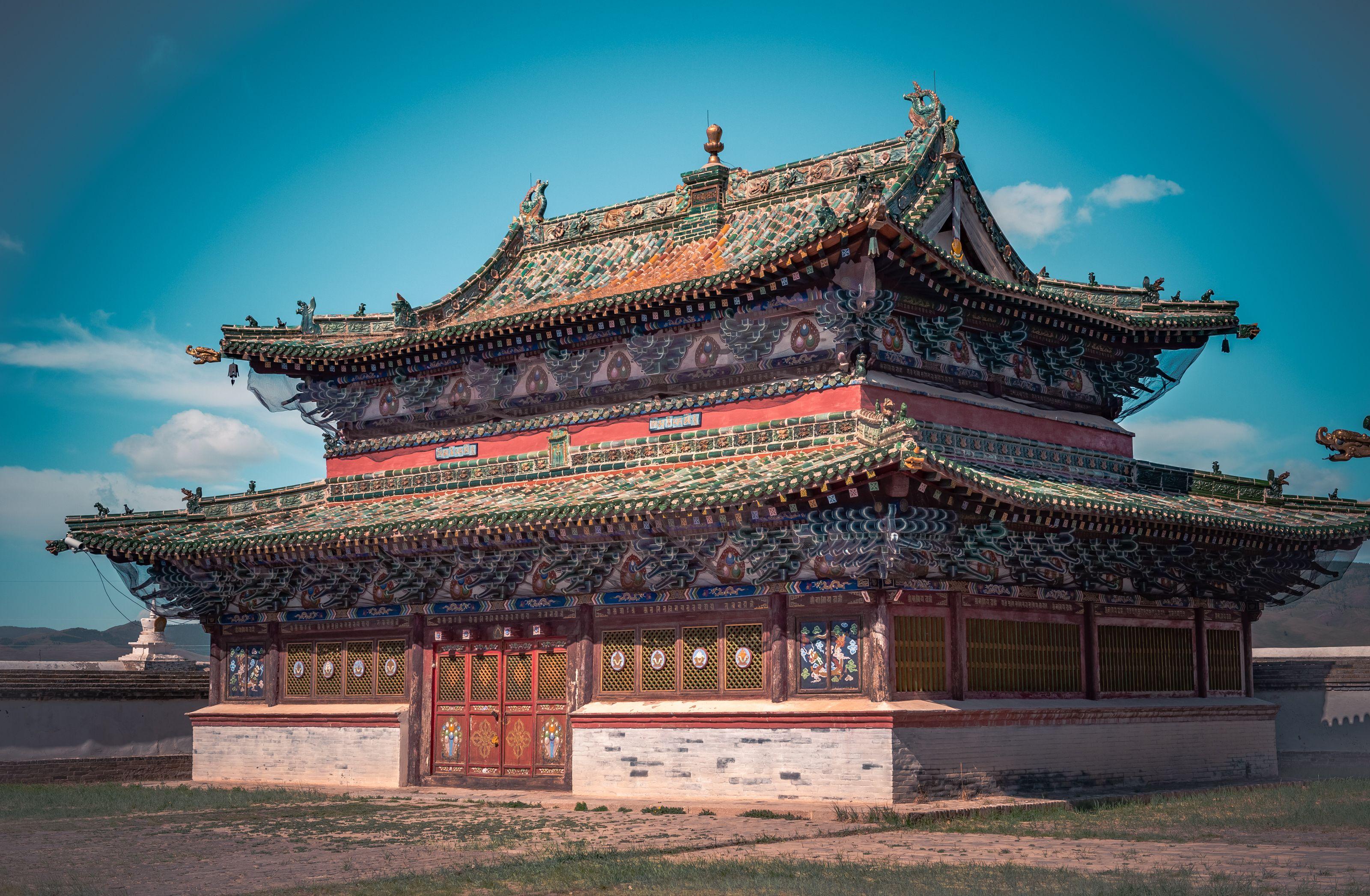 Erdenezuu-Uvurkhangai.jpg